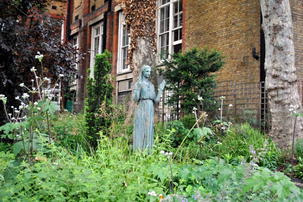 Peace statue in Picadilly garden